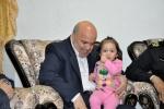 دیدار روزبه استاندار قزوین از خانواده شهید حسین چهره گشا