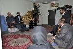 دیدار روزبه استاندار قزوین با دو خانواده تحت پوشش کمیته امداد امام خمینی(ره)